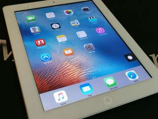 iPad 2 / 64GB ( Wifi+ Cellular )