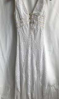 Beautiful and sexy white dress size S/M