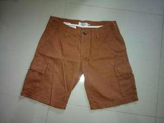 Short Pants Cargo America Today