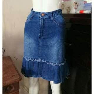 Rok bawahan jeans Size S Kondisi masih bagus bgt