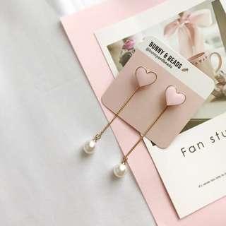 C010 Pearl Heart Earrings