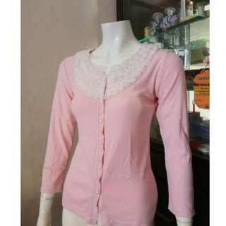 Blouse kaos pink Size S (LD 83-86 cm) Kondisi masih bagus bangeett