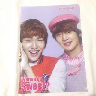 Shinee Holder (Onew & Minho)