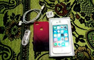 iPhone 4s 8gb (Factory Unlock)