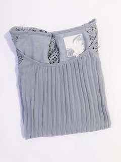 💜 Debenhams Gray Pleated Blouse