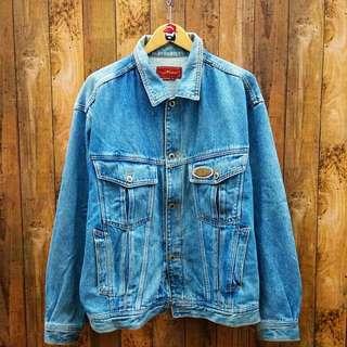 trucker jaket jeans