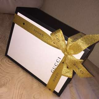 ⚜️ Box Gucci Magnetic Clasp Hard Case