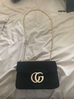 Gucci velvet black cross body !