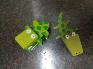 Alligator stapler and peg