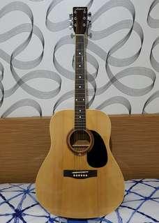 Gitar Akustik Legacy (dengan tas dan string)