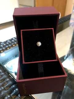 18k/750白色黃金鑽石鑲嵌單隻
