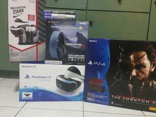 Ps4 MGS console plus psvr
