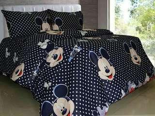 Bed cover set katun motif mickey Uk 160