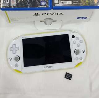 PS Vita 2000 + 64gb memory + 2 Games