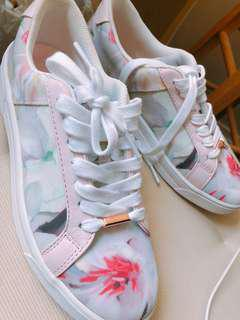 Ted Baker Eyewo Floral Trainers Sneakers Size 7