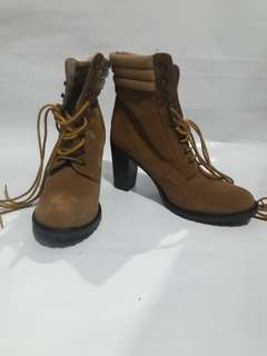 Preloved Sepatu Boot merk Primark Asli