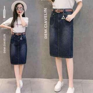 🌼Knee Length Denim Skirt