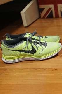 Nike Flyknit Womens US Size 8