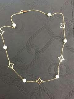 18kt necklace