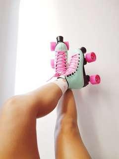 Chaser Roller Skates (Bubblegum)