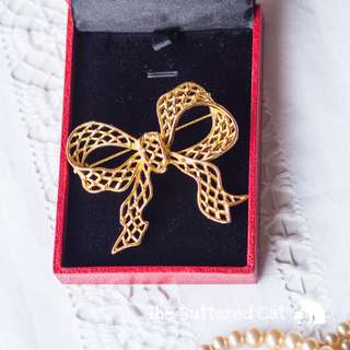 RESERVED Vintage ribbon bow brooch, statement costume brooch / pin