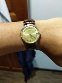 🚚 1970s Vintage Timex Marlin 34mm
