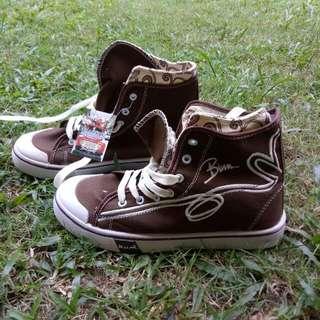 Sneakers B.U.M.