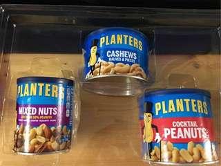 planters紳士牌禮盒裝,一盒三罐(花生丶腰果丶雜錦堅果)最佳食用日期2019年8月