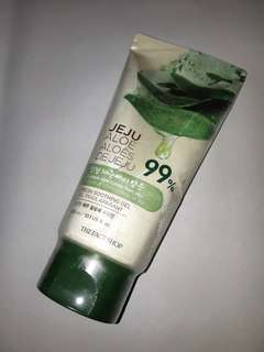 The Face Shop 99% Jeju Aloe Soothing Gel