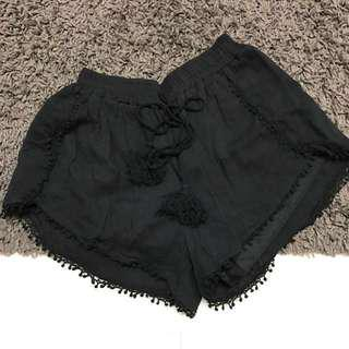 Pompom Shorts