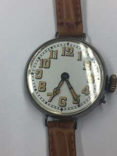 銀売瓷面上鍊手表(近百年)