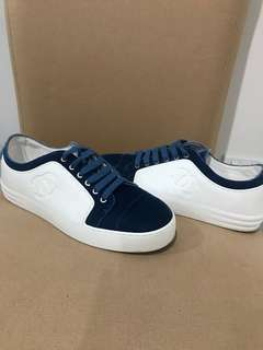 Chanel sneakers size 39