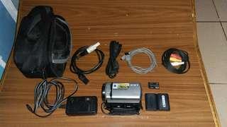 Sony handycam dcr-sr67e