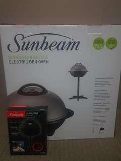 BNIB Sunbeam Supersear Kettle Electric BBQ incl cover