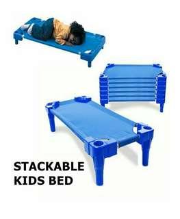 STACKABLE KIDS BED