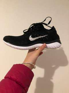 Nike free run flyknit 2018  size 6.5 pretty much brand new