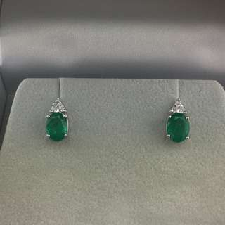 2卡46份綠寶 0.14份鑽石 18K白金耳環 18K Withe gold 2.46ct Emerald 0.14ct Diamond Earrings 可議價