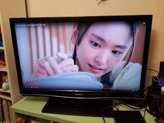 """Sharp 42"""" LCD TV 電視"""