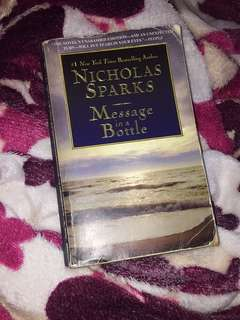 Nicholas sparks message in a bottle