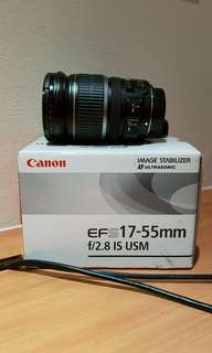 Canon EFS 17-55mm 2.8 IS USM