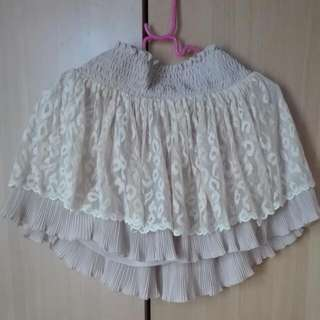 Lace Skirt ( S-M)