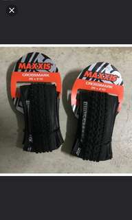 Maxxis Crossmark 26x2.10 ( foldable tyre-light weight)