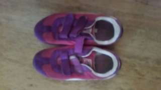 kids preloved shoes 2 for 400 pesos