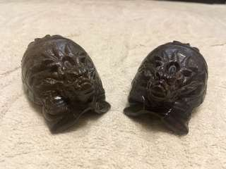 A pair of Wood craft dragon turtle (一对木雕龙龟)
