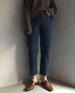 🚚 全新正韓dogoose購買男友微款松牛仔褲 (Ingrid, nude, studio doe, cover)