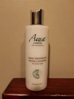 AQUA Mineral Daily Dewdrops Facial Cleanser