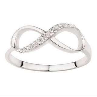 Infinty ring