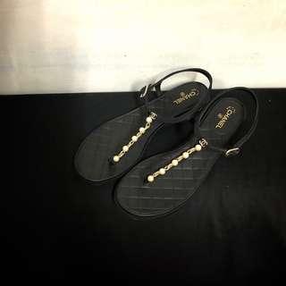 🚚 正品二手chanel 珍珠T字涼鞋