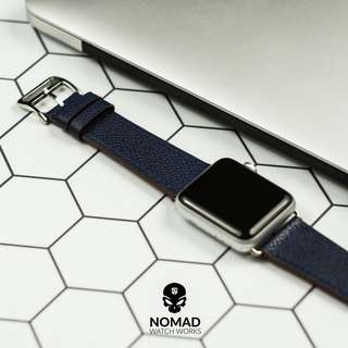 🚚 Apple Watch Leather Strap - Single Tour in Navy