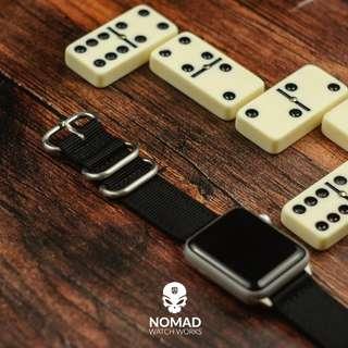🚚 Apple Watch Nylon Zulu Strap in Black